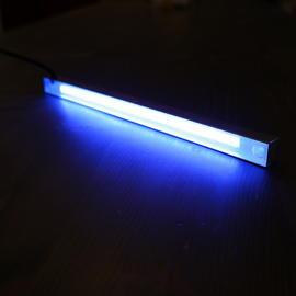 SLENDER IP68-compliant linear LED luminaires